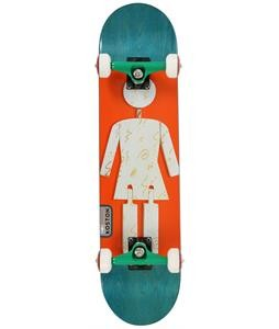 girl-koston-on-exhibit-sktbrd-complete-14-prod